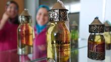FOTO: Mengintip Proses Pembuatan Minyak Argan di Maroko