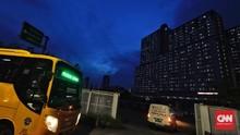 FOTO: Lonjakan Pasien Covid yang Tak Henti di RS Wisma Atlet