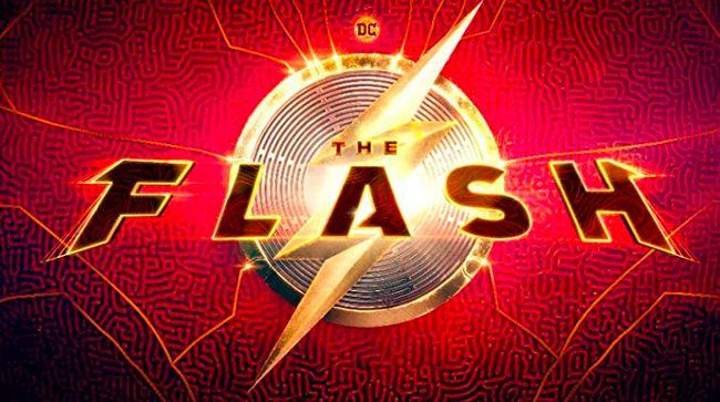 Sutradara Andy Muschietti memamerkan bagian kostum The Flash dalam film yang ia garap lewat media sosial miliknya.