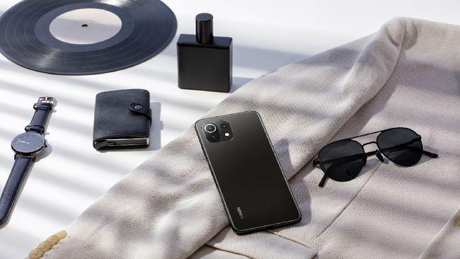 Meski berhasil merebut gelar produsen ponsel terbesar kedua dunia, Xiaomi ternyata kalah dari Vivo dan Oppo di negerinya sendiri China.