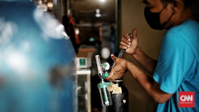Berikut sejumlah perbedaan tabung berisi oksigen likuid dan mesin konsentrator oksigen yang digunakan untuk pasien Covid-19.