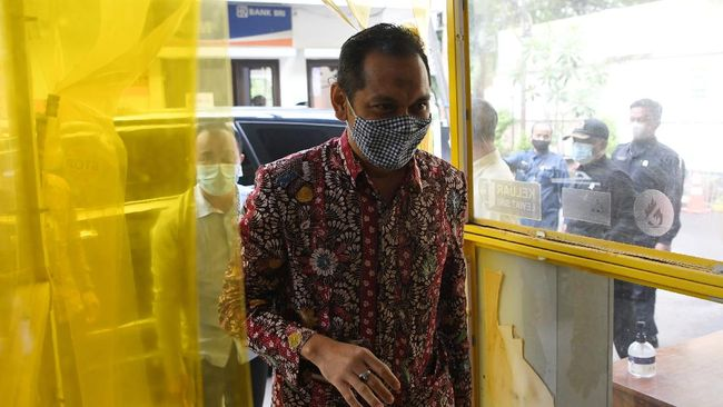 Wakil Ketua KPK Nurul Ghufron membantah Komnas HAM yang menyebut dirinya tak mengetahui penggagas TWK sebagai proes alih status ASN.