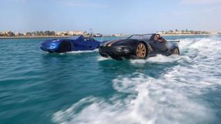 FOTO: Sensasi Nyetir 'Mobil Sport' di Atas Air