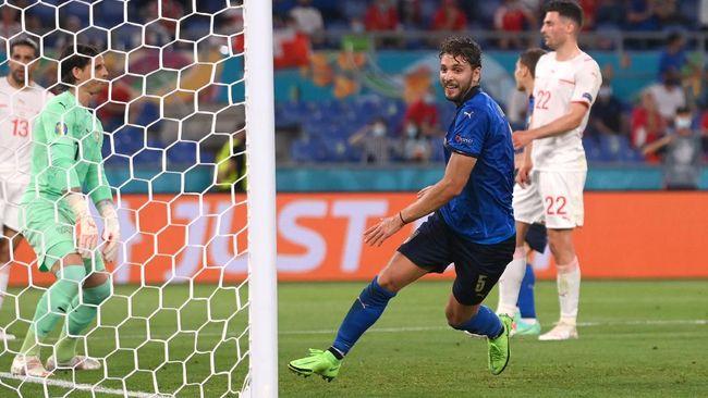 Timnas Italia untuk sementara unggul di babak pertama dalam duel lawan Swiss di Euro 2020 (Euro 2021).