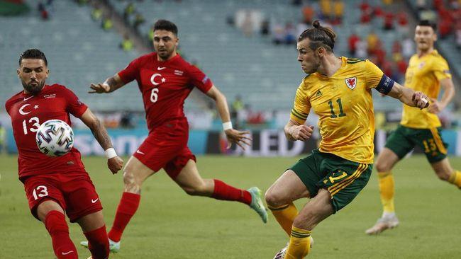 Gareth Bale gagal mengeksekusi penalti ke gawang Turki, namun tetap mendapat anugerah Star of The Match Euro 2020 (Euro 2021)
