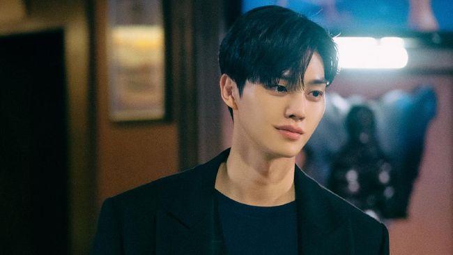 Nevertheless membuat para penonton terbawa perasaan alias baper, terutama dari aksi Song Kang yang berperan sebagai Park Jae-eon.