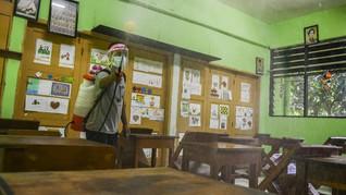 FOTO: Hening Sekolah di Jakarta saat Uji Coba PTM Disetop