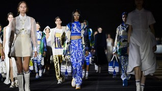 FOTO: Nostalgia Dior di Yunani dalam Koleksi Cruise 2022