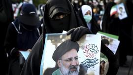 FOTO: Ulama Konservatif Iran Jadi Calon Kuat Presiden