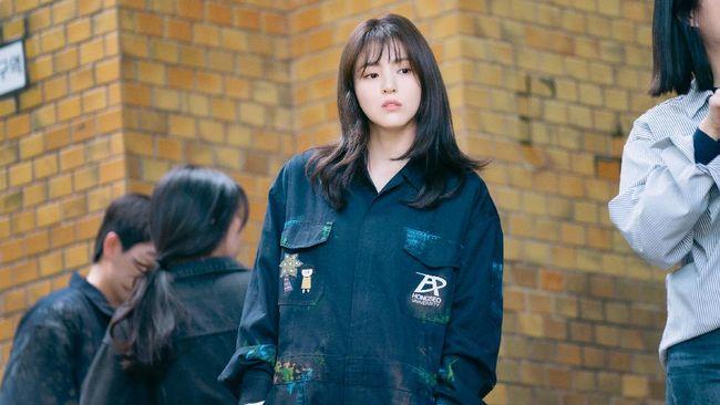 Han So-hee mulai dikenal publik ketika menjadi tokoh antagonis di drama World of the Married.