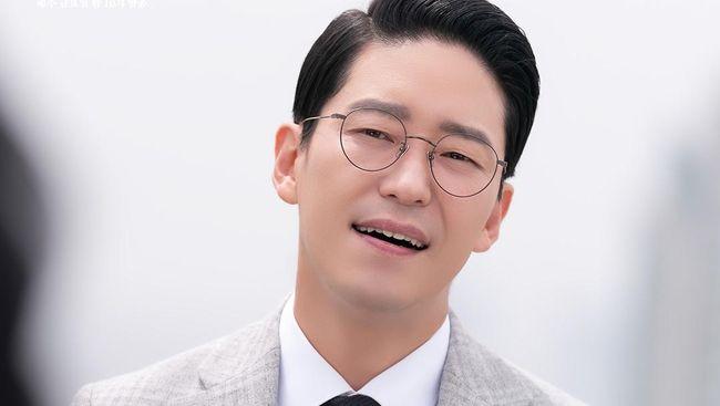 Trans TV akan menayangkan drama Korea The Penthouse 3 episode 3 pada Sabtu (19/6) pada pukul 19.00 WIB.