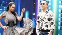 <p>Krisdayanti juga sempat membagikan kegiatannya saat sepanggung dengan rekannya sesama penyanyi, Sandhy Sondoro, Bunda. Dengan mengenakan dress hasil rancangan Barli Asmara, Krisdayanti nampak sangat memukau. (Foto: Instagram: @krisdayantilemos)</p>