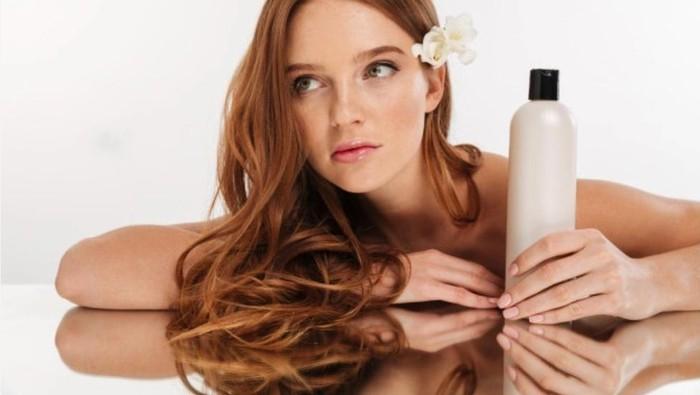 Jadi Tren Terkini, Berikut Rekomendasi Micellar Shampoo untuk Atasi Rambut Kering