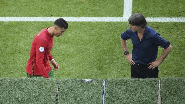 Timnas Portugal menghadapi momen genting di Euro 2020 (Euro 2021). Berikut situasi yang membuat Portugal tersingkir dari Piala Eropa.