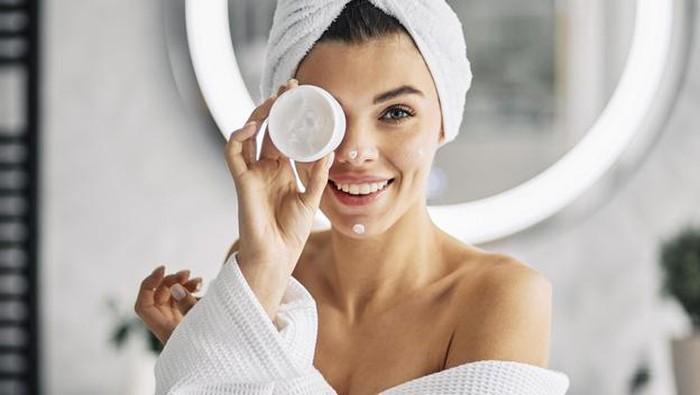 4 Langkah Basic Skincare yang Penting Buat Pemula