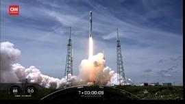 VIDEO: SpaceX Bawa Satelit GPS ke Orbit