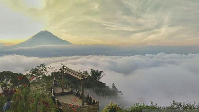 Wisatawan harus kembali mengurungkan niat mengunjungi Taman Nasional Bromo Tengger Semeru sehubungan dengan perpanjangan PPKM.