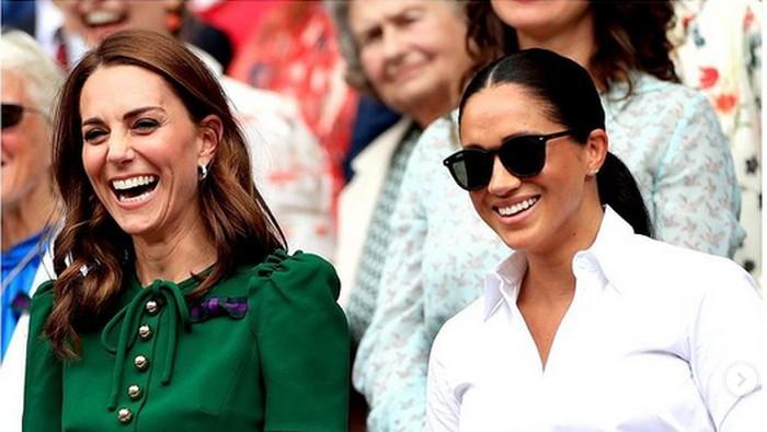 7 Momen Gaya Berpakaian Para Putri Kerajaan Inggris yang Sempat Menjadi Kontroversi