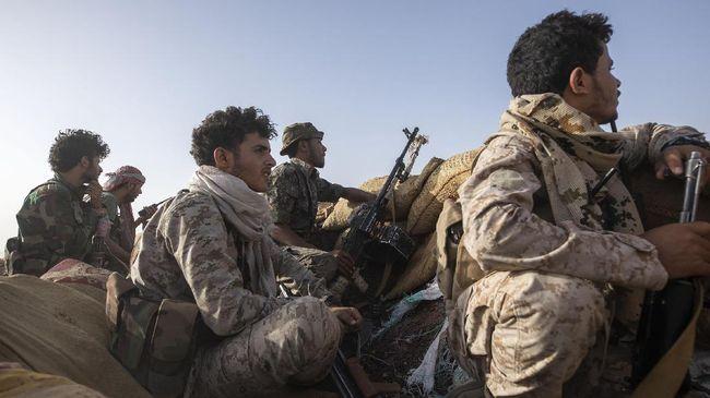 Bentrokan antara pasukan pendukung pemerintah Yaman dan pemberontak terjadi di Kota Marib dan menewaskan lebih dari 140 orang pada Jumat (24/9).