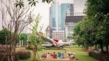 Taman Piknik di Tengah Hutan Beton Jakarta