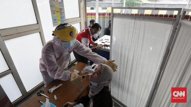 Kapolres Metro Jakarta Pusat Kombes Hengki Haryadi menyebut data pasien di Dinkes DKI Jakarta lebih besar dari jumlah di lapangan.