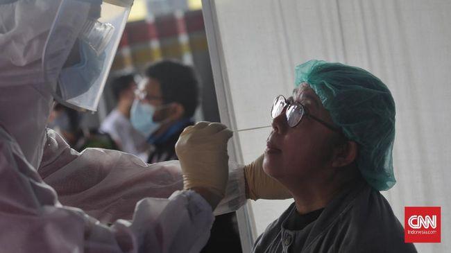 Kasus harian covid-19 tembus rekor tertinggi selama pandemi mencapai 20.574 pada Kamis (24/6) di tengah penguatan PPKM mikro.