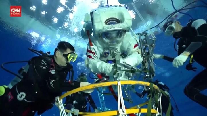 VIDEO: Persiapan Astronaut China Sebelum ke Luar Angkasa
