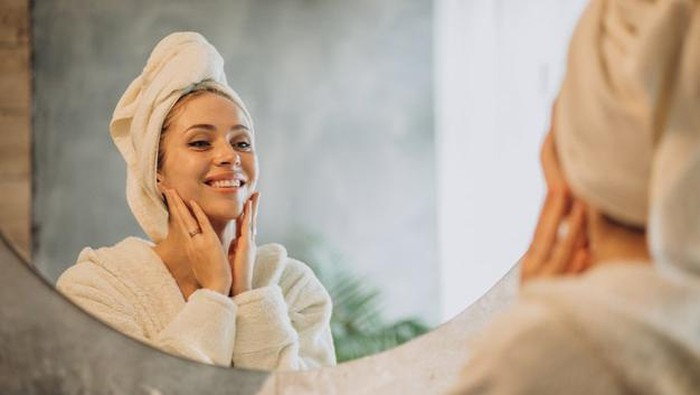5 Rekomendasi Sleeping Mask Buat Wajah Lebih Kenyal di Pagi Hari