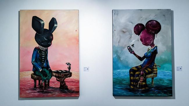 Sedikitnya 65 galeri seni dari Indonesia dan luar negeri meramaikan acara Ajang Art Moments Jakarta Online 2021 atau AMJO 2021.
