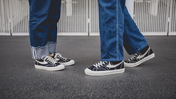 Rekomendasi 5 Sneakers Brand Lokal Terbaik, Gak Kalah Saing!