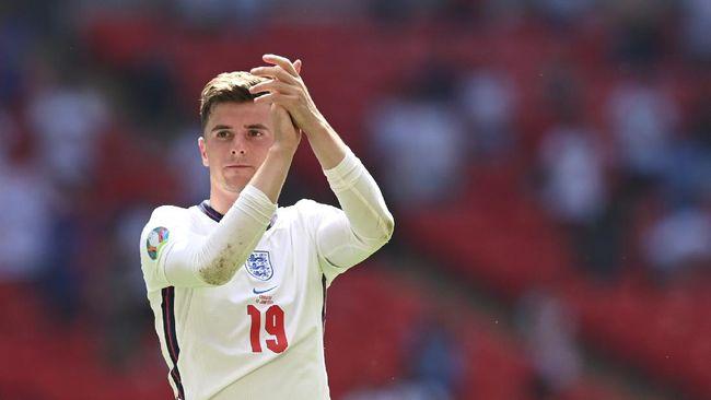 Dua pemain timnas Inggris, Mason Mount dan Chilwell terancam absen melawan Ceko di Euro 2020 (Euro 2021) usai kontak dengan Billy Gilmour.