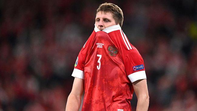 Timnas Rusia menjadi tim ketiga yang sudah dipastikan tersingkir dari Euro 2020 (Euro 2021) usai dikalahkan Denmark 1-4, Selasa (22/6) dini hari WIB.