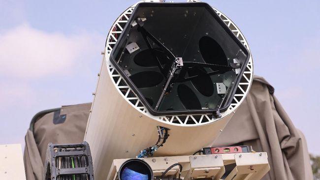 Israel memiliki teknologi persenjataan baru menggunakan senapan laser yang bisa digunakan di udara untuk tembak jatuh drone hingga rudal.