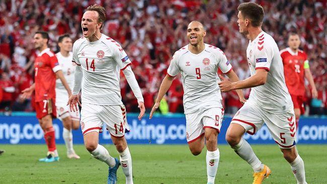 Denmark berhasil lolos ke babak 16 besar Euro 2020 (Euro 2021) usai menghajar Rusia 4-1 pada laga pamungkas Grup B, Selasa (22/6) dini hari WIB.