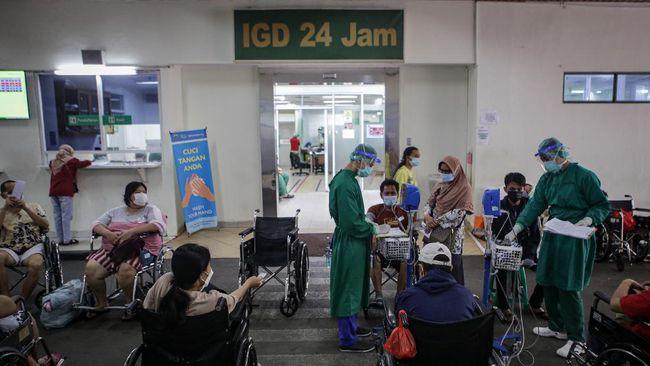 Ahmad Riza Patria mengatakan tingkat keterisian tempat tidur (BOR) di rumah sakit rujukan Covid-19 di Jakarta turun menjadi 64 persen.