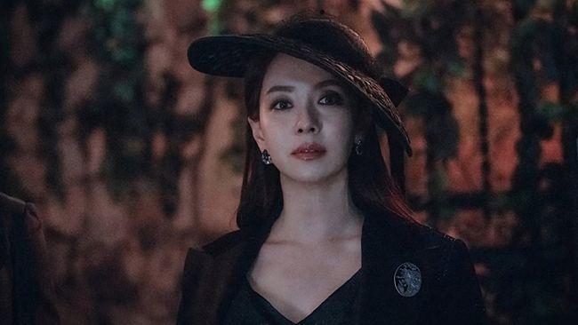 Song Ji-hyo tampil di mini-drama terbaru berjudul The Witch's Diner. Ia beradu peran dengan Nam Ji-hyun dan Chae Jong-hyeop.