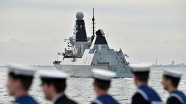 Inggris Bantah Kapal Perang Kerajaan Jadi Target Tembak Rusia