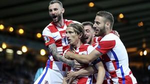 FOTO: Gol Cantik Modric Bawa Kroasia ke 16 Besar Euro 2020