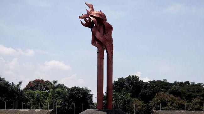 Peristiwa sejarah Bandung Lautan Api merupakan kejadian dibumihanguskannya seantero kota Bandung agar tak direbut militer NICA Belanda.