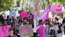 FOTO: Sidang Konservatori Britney Spears dan Cinta dari Fan