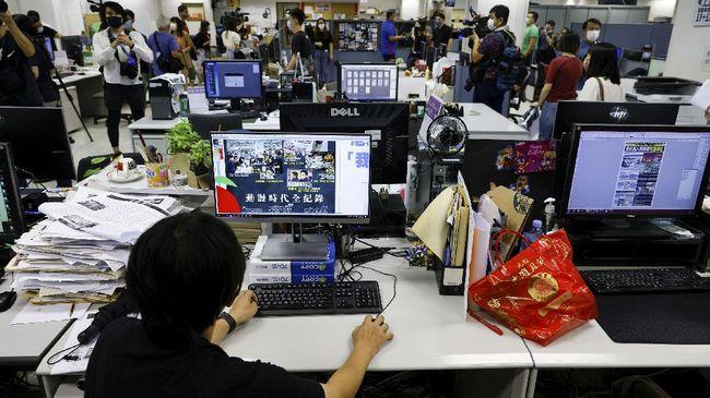 Akibat dari pengesahan UU Perlindungan Data Pribadi, beberapa saham perusahaan teknologi asal China dilaporkan mengalami penurunan.