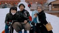 <p>Richa dan Gary kerap membagikan kegiatan saat bersama dengan kedua anaknya. (Foto: Instagram: @richaiskak)</p>