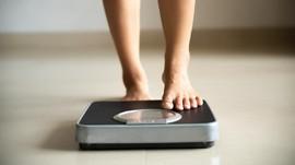 Tips Jitu Dokter untuk Turunkan Berat Badan Saat WFH