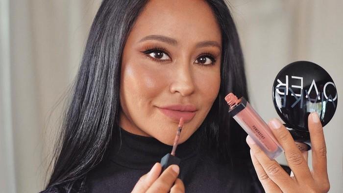 Lipstik Nude, Tampilan MLBB Untuk Kulit Sawo Matang