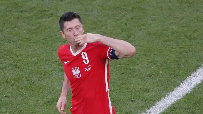 Lewandowski, Pemain Terbaik Dunia yang Jeblok di Euro 2020