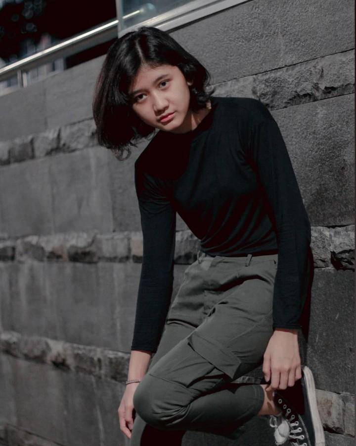 Amel, Sosok yang Mirip Nike Ardilla