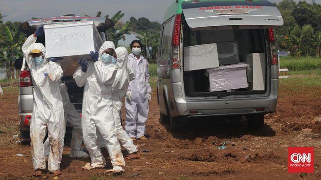 Angka kematian akibat Covid-19 kembali mencetak rekor dengan 1.566 kasus, Jumat (23/7). Dengan demikian, Indonesia mencatat rekor kematian tiga hari berturut.