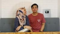 <p>Temmy Rahadi mengakhiri masa lajangnya dengan mempersunting wanita bernama Ira Wahyuni enam tahun lalu. Mereka resmi menikah pada 31 Mei 2015, Bunda. (Foto: Instagram: @temmyrahadi99)</p>