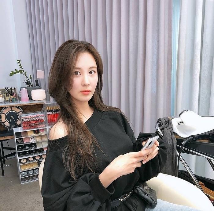 Meski jadi yang paling muda di SNSD, namun di keluarganya, Seohyun merupakan anak tunggal, lho. /Foto: instagram.com/seojuhyun_s