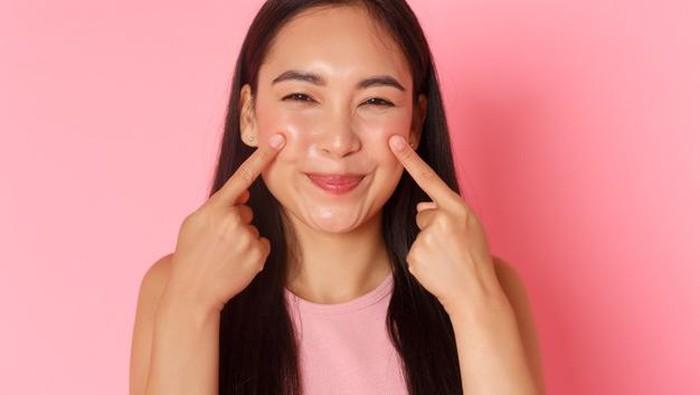 5 Cara Mengembalikan Kesehatan Kulit Wajah, Dijamin Efektif dan Nggak Mahal!